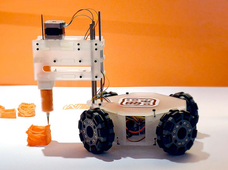 3&Dbot Mobile 3D Printer Has No Print Volume Limitations http://3dprint.com/15508/3dbot-mobile-3d-printer/