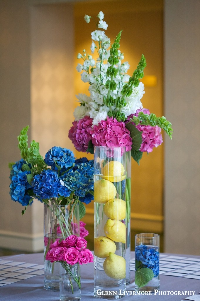 fruit + flowers - super pretty! Fruit FlowersFlowers VaseFlower ArrangementsFruit . & flower arrangements with fruit in vase \u2013 Loris Decoration