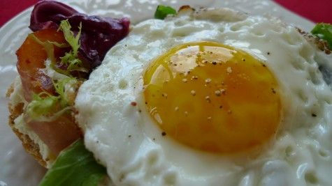 SO good! Open-faced sandwich with prosciutto, ricotta, and a fried egg ...
