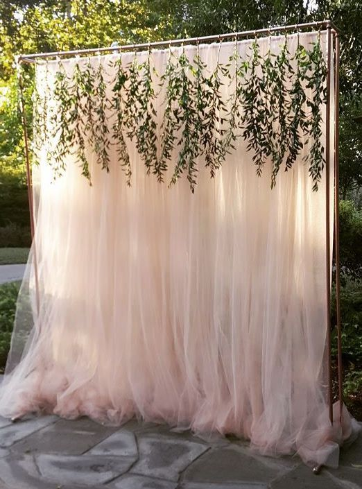 Best 25 photo booth backdrop ideas on pinterest diy photo booth 20 genius outdoor wedding ideas tulle backdropbridal shower backdropdiy solutioingenieria Images