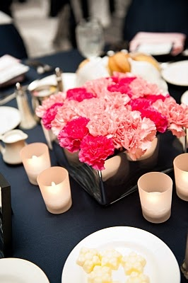 I love her centerpieces: carnations!