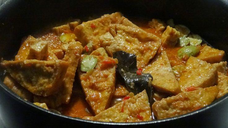 Indonesische Recepten: Sambal goreng van tahu en tempee met petehbonen