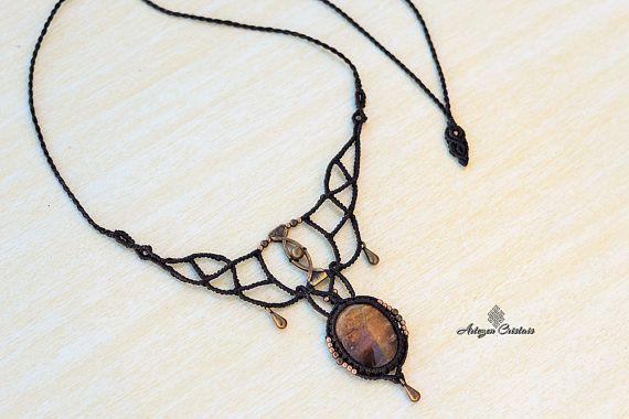 Quartz Hematoide necklace.macrame necklace. quartz. bohochic.