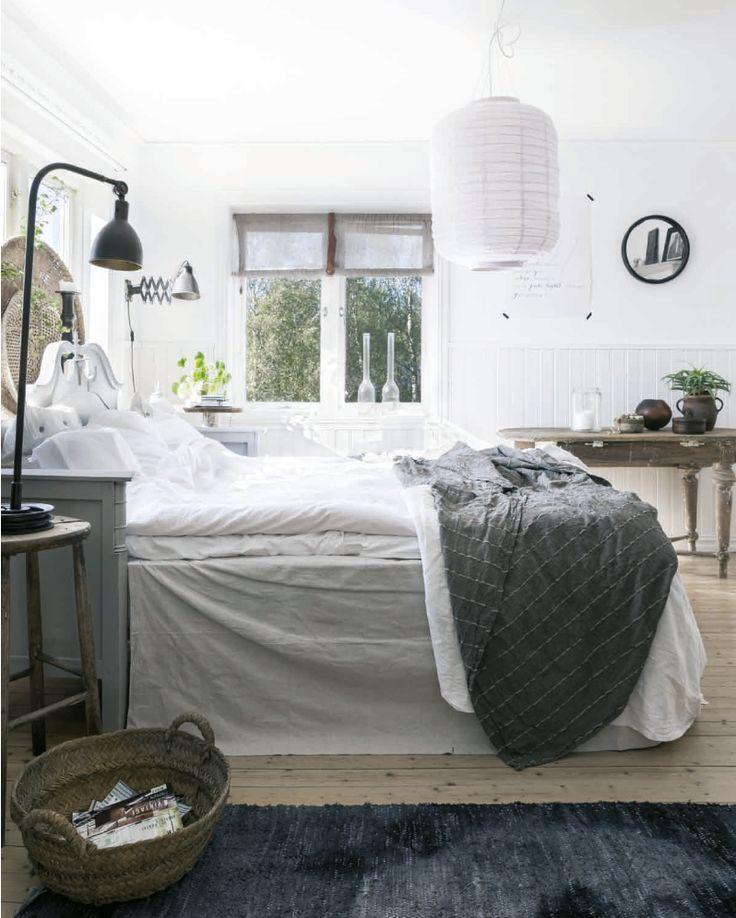 modern vintage bedroom ideas%0A Skjermbilde          kl            Natural StylesScandinavian StyleMaster BedroomBedroom  IdeasVintage HousesBed RoomsRustic ModernWhite DecorMattress
