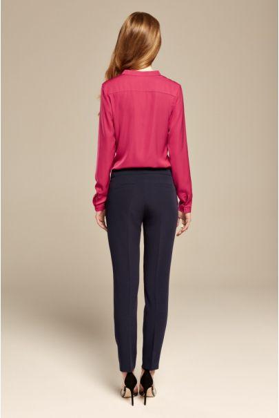 Granatowe klasyczne spodnie cygaretki