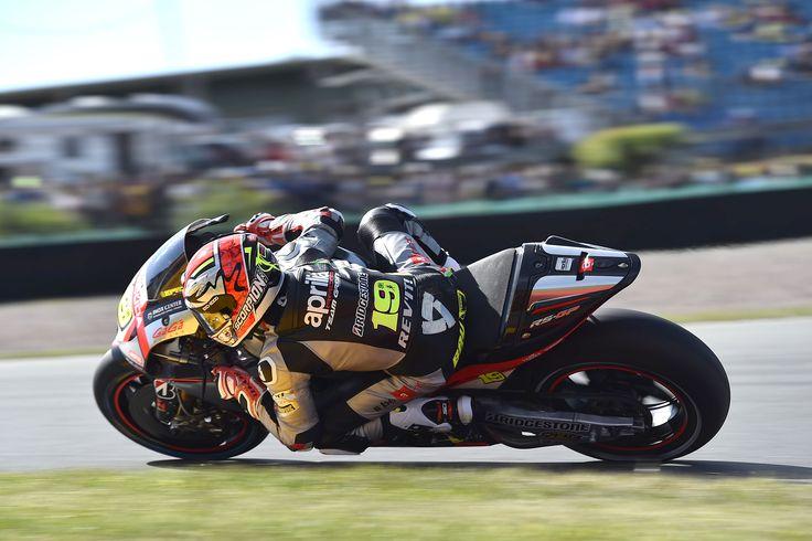 Aprilia MotoGP 2015 - Sachsenring  #aprilia #bearacer #GermanGP #MotoGP #race #bike