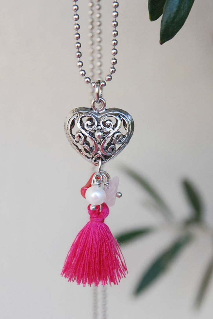 #valentinesday Filigree 3D #heartnecklace  Love Necklace for girlfriend, Romantic necklace, Romantic Gift for her