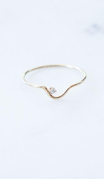 Wwake Arc Kammie Ring with White Diamond