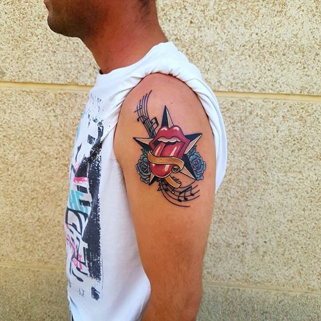 Tattoo Rolling Stone. #tattoo #ink #tattoos #inked #art #tattooed #tattooartist #tattooart #tatuagem #tatuajes #tattoolife #tatouage #instatattoo #arte #tattooink #bodyart #tatuaggio #tat #tattooist #tattooing #tatted #tatu #tinta #artist #inkedup #drawing #love #follow #tattooer #tatts