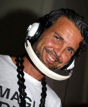 Chi scalderà la pista da ballo all'inaugurazione del #Curvy Concept Store? Il dj Lorenzo Lodi, che si racconta qui!