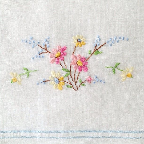Pillowcase Flower Design: 25+ unique Vintage pillow cases ideas on Pinterest   Handmade    ,