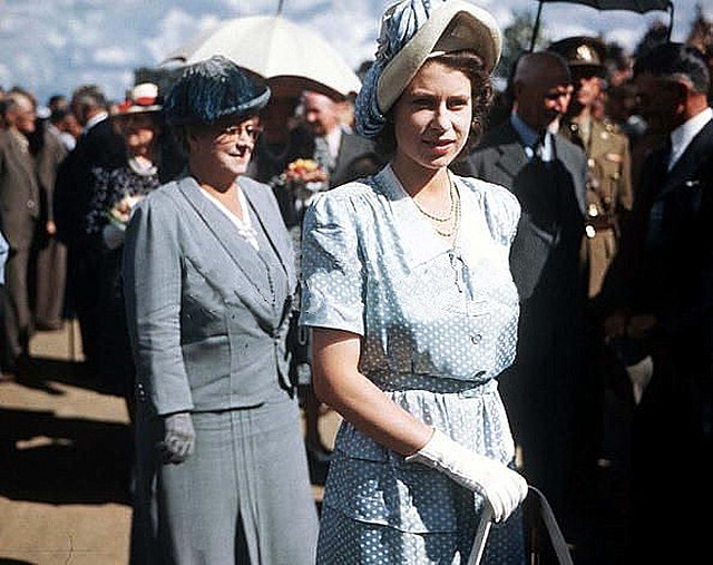 Cape Town, 1947 - Twenty one year old Princess Elizabeth