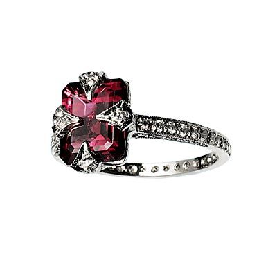 25 Best Ideas About Gothic Engagement Ring On Pinterest