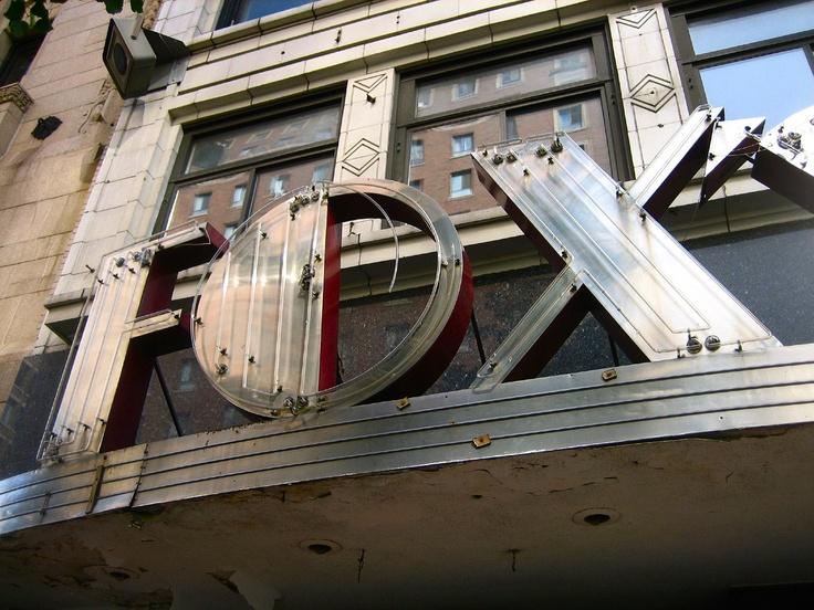 Fox sign - Aug 3, 2006