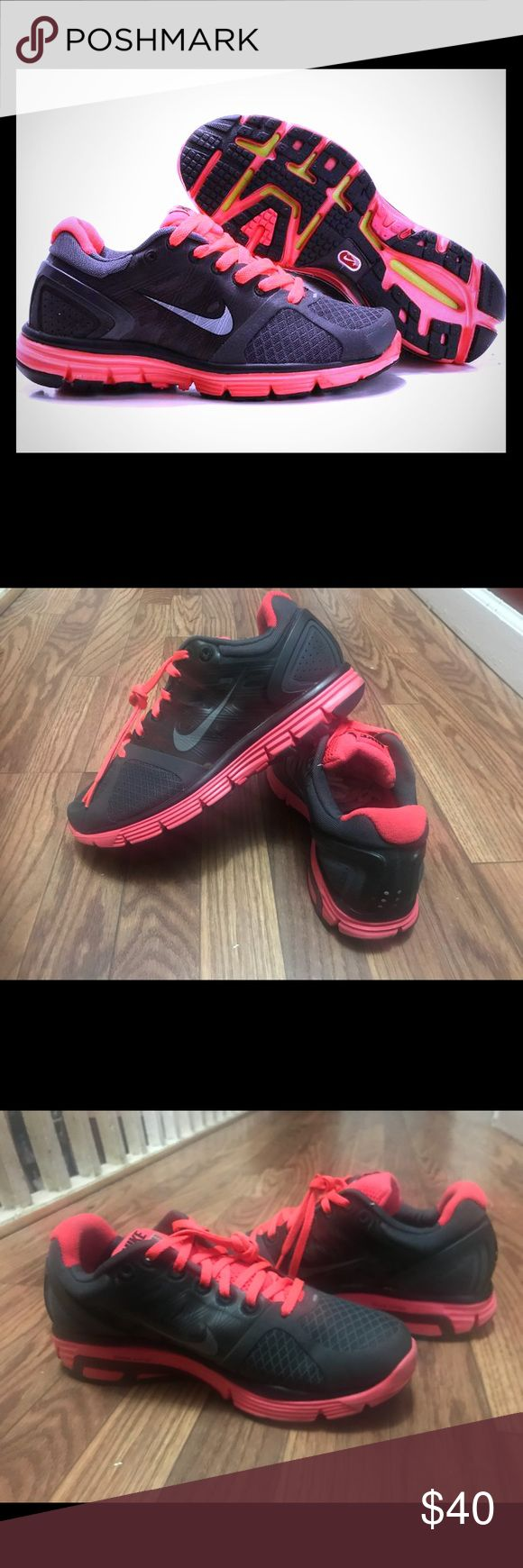 Nike LunarGlide 2 Running Shoes Running shoes Size 7  Gently used / still looks brand new  Very comfortable and stylish! Nike Shoes Athletic Shoes