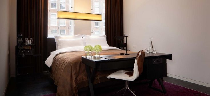 Sir Albert Hotel in Amsterdam is the ideal residence of an aristocrat. The 2.0 version of an aristocrat: a cosmopolitan, free spirit gentleman who feels at ease in every part of the world. Entering the hotel you enter his mansion: at Sir Albert, guests will not be welcomed in a reception but in a cosy …