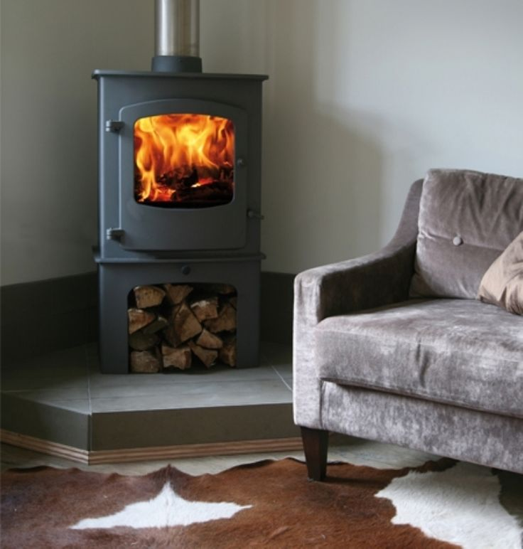 A perfectly proportioned stove with integrated boiler for domestic hot water and 5-7 radiators fantastic either free-standing alone or within an opening with a removable handle for ease of use.