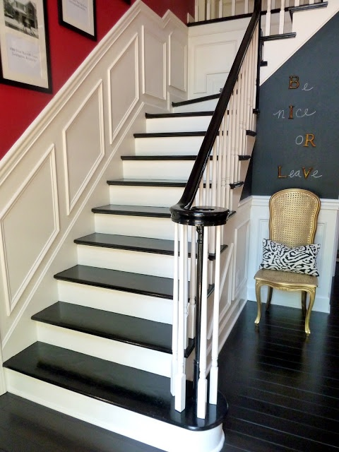Best Piano Key Stairs White Risers Black Treads Always Been 640 x 480