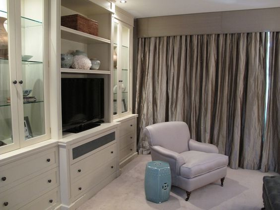 Nellie Tilley - great cabinetry! & curtains! & pallette: