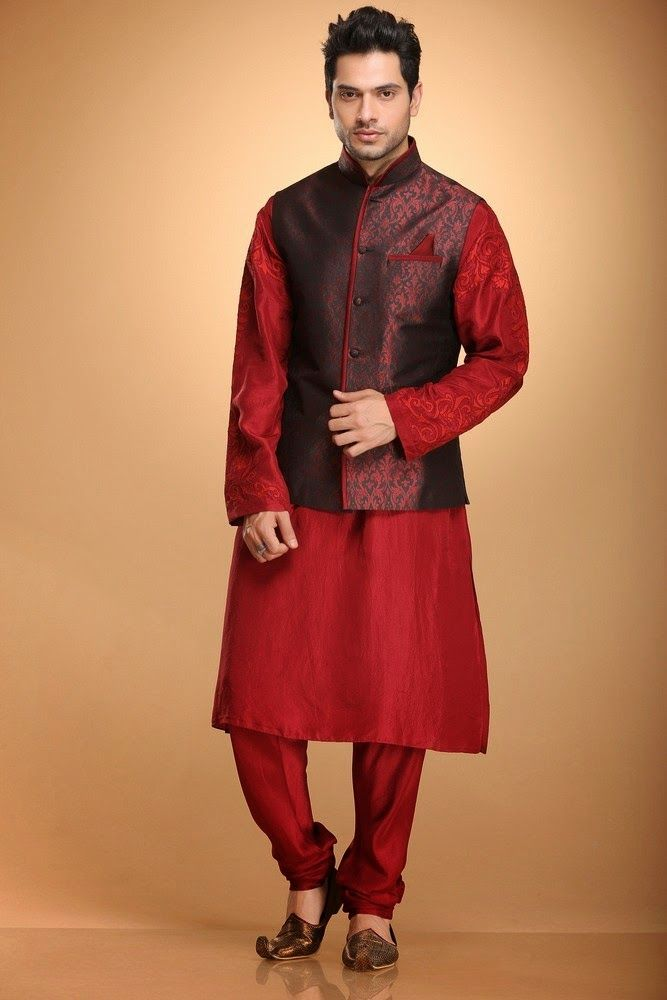 Internet has provided a chance of choosing in home comfort and availing the best Indian designer wear online.