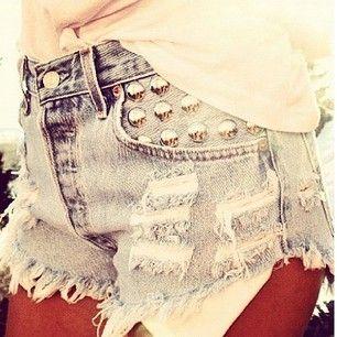 : Studs Denim, Cut Off Shorts, Summer Style, Cutoffs, Cute Shorts, Studs Shorts, Shorts Weather, Summer Lights, Denim Shorts