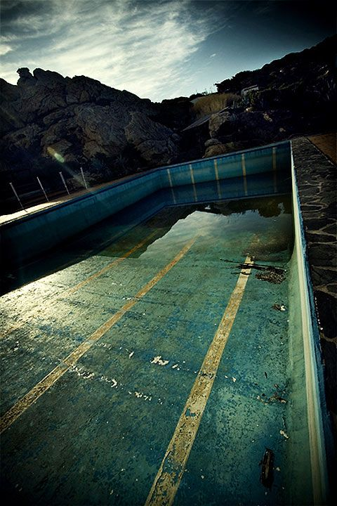 317 Best Urban Decay Empty Pools Images On Pinterest Abandoned Places Ruins And Derelict Places