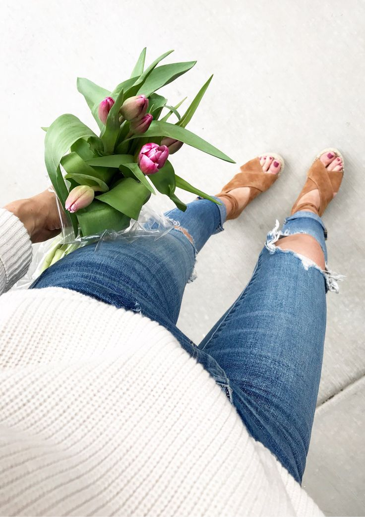 #spring #outfits White Knit & Destroyed Skinny Jeans & Brown Pumps