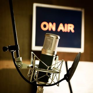 Podcaster's checklist of handy tips for new and experienced podcasters.