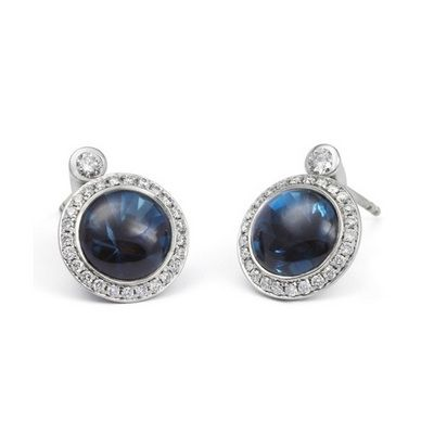 ANDREW GEOGHEGAN Satellite London Earrings8mm main stones and 2.4mm satellite stones. Available in buff top or faceted. A stunning London Blue Topaz Set in 18ct white gold Diamonds G VS as standard. The earring back is a clutch fitting.	 Ref. No.06-164-55 PRICE: £3,450