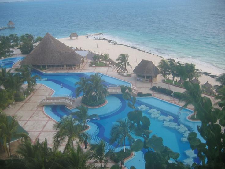 Voorbereiding op de komst van Orkaan Katrina, Cancun, Mexico
