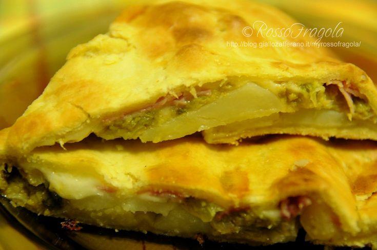 Torta rustica con verza e patate,Torte salate,Verdure,pasta sfoglia, patate,ricette con pasta sfoglia,torta rustica con la verza,verza,ricette con la verza,