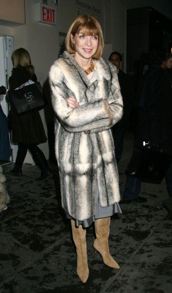 Anna Wintour fur coat brown hair