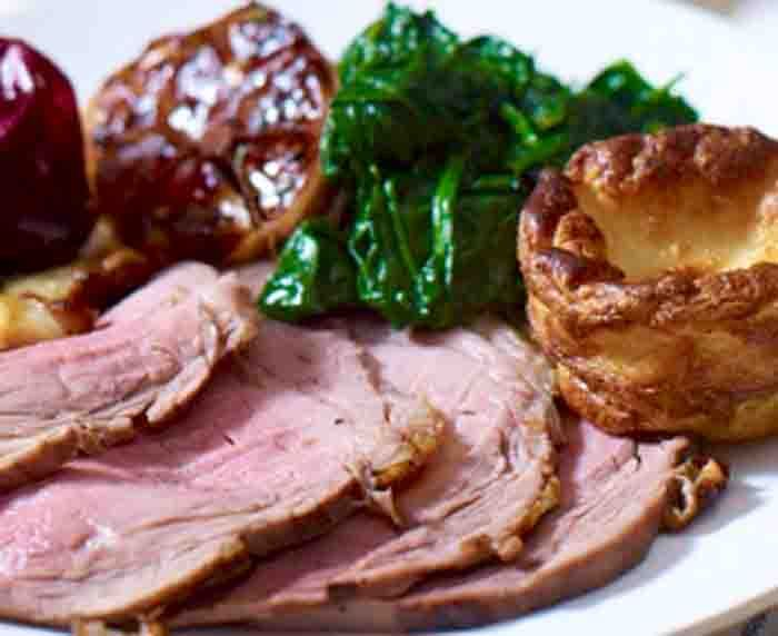 Beef silverside can make a fantastic slow cooked Sunday roast. We have a good recipe here includes the Gravy and Yorkshire Pudding