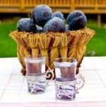 Emlékezz a házi lekvár zamatára... Remember of the flavour of homemade jam...  Pálinka- Hungaricum http://www.edelland.com/hu/aktualis/hirek/item/123-palinka-rituale.html