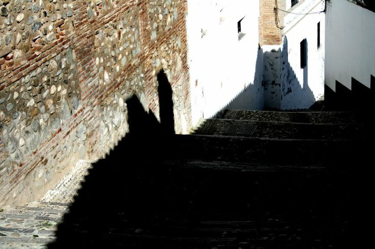 Of Shadows. Granada