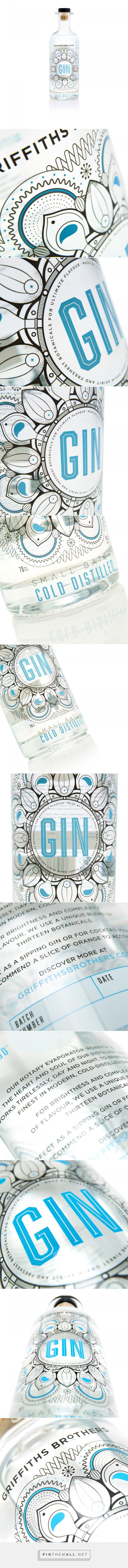 Griffiths Brothers Cold Distilled Gin packaging manufactured by Royston Labels - http://www.packagingoftheworld.com/2018/01/griffiths-brothers-cold-distilled-gin.html