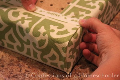 Great look at how to get perfect corner on a bench seat cushion.
