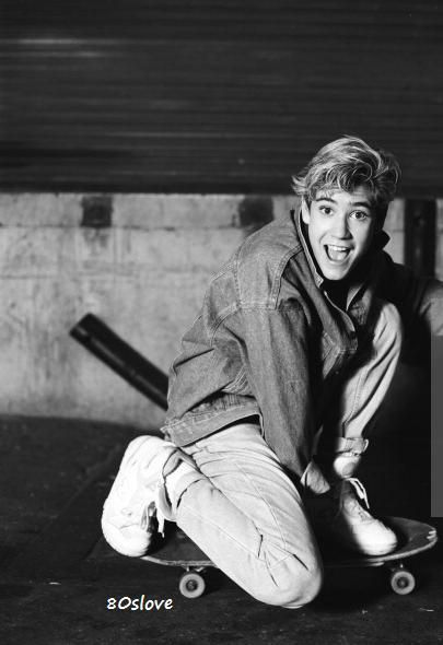 Young Mark-Paul Gosselaar – 21 photos – Morably