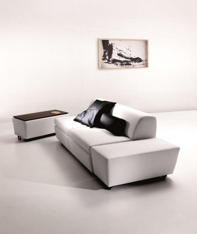 Dzieło sztuki #vibieffe #home design #italian #style#white #sofa