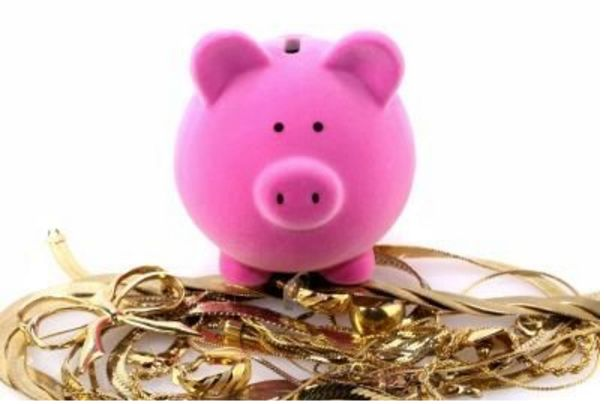 We are one of the world's largest Scrap Gold Buyers, offering the best rates for the precious metals and jewellery that you no longer want. We guarantee to beat any gold rate. Please ring for the latest gold rates +1 616-575-9157