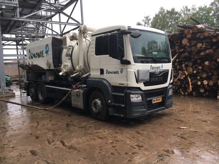 EcoVac Kombinovaný kanalizační vůz a sací vůz, které jsou součástí flotily vozů Ormonde jsou vhodné pro pro čištění kanalizace ve městě, v obci i v průmyslovém podniku. Většina vozidel je ve verzi ADR a je možno je napojit na filtrační zařízení k odsávání vzdušniny a k odsávání par z nádrží a zásobníků. http://www.ormonde.cz/kanalizacni-vuz