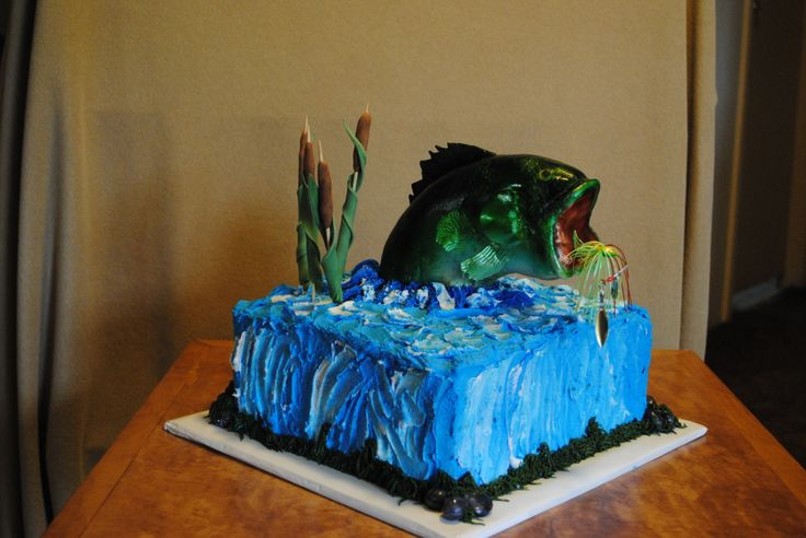 Large mouth bass - birthday cake