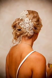 Champagne & Lace Hairpiece