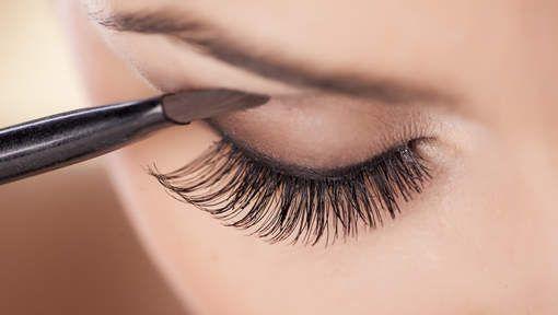 Soms ben je gewoon niet gezegend met mooie grote ogen die je blik echt onweerstaanbaar maken. Heel veel vrouwen hebben namelijk kleinere ogen of ...