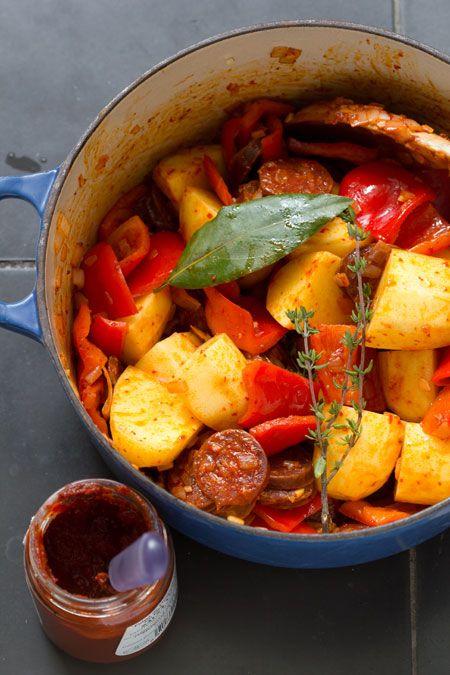 LekkerTafelen •  patatas a la riojana