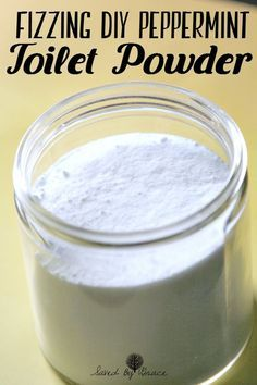DIY Fizzing Peppermint Toilet Powder- This easy to make DIY Fizzing Peppermint Toilet Powder will get your toilet sparkling clean and take just 5 minutes to make!