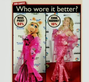 Miss Piggy vs. Jenna - Who wore it better? #30Rock