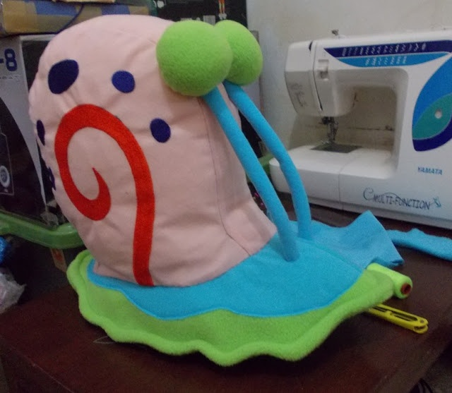 Cheer your childs day: How to make Gary Snail Softies