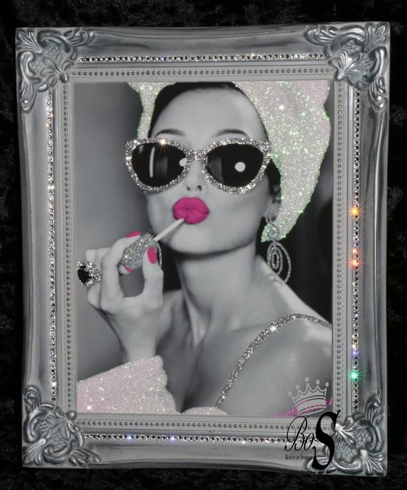 Audrey Hepburn Pink Lips Glitter Canvas Picture Shabby Chic frame Wall Art.