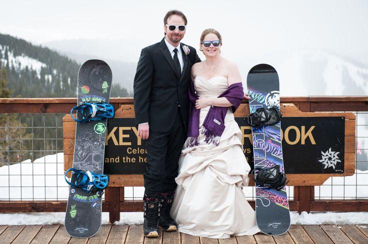 Colorado Occasions, mountain wedding planner // Isle Media www.islemedia.com #winter #wedding #destination #Colorado #purple #snowboard #snow #keystone